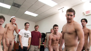 Wild frat boys have gay orgy party in dorm room