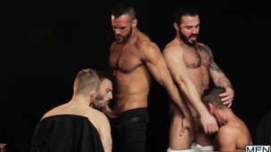 Denis Vega has wild foursome with his hairy gay friends