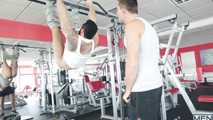 A messy gym blowjob with Jessy Ares and Theo Ford