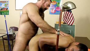 Clever twink bents over to get it from his daddy
